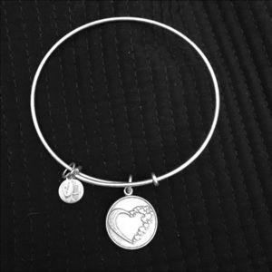 Jewelry Wide Tribal Style Cuff Bracelet Silver Tone